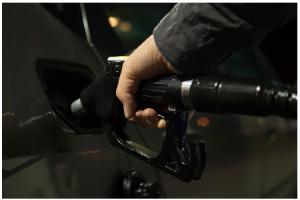 Oil Futures Show Decrease