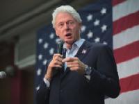 Bill Clinton And Loretta Lynch